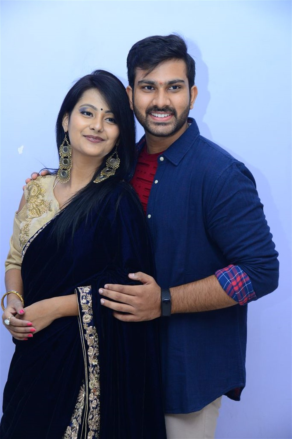 Shubangi Pant, Sree Karthikeya @ Itlu Anjali Movie Trailer Launch Stills