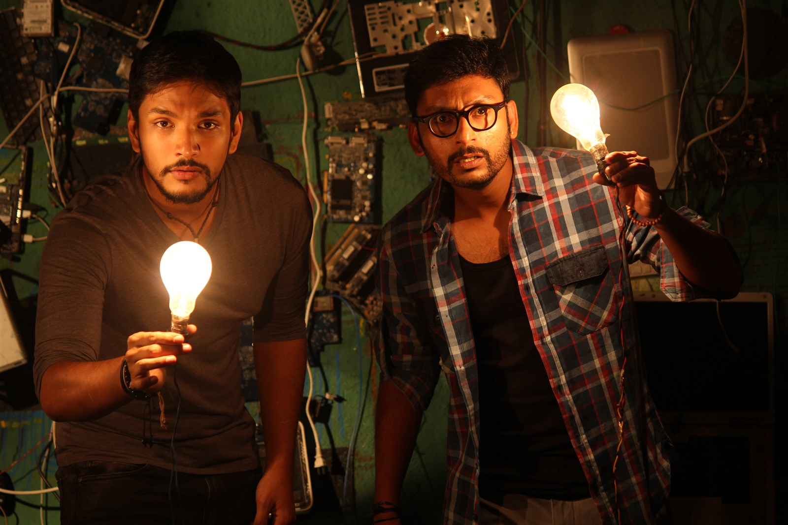 Gautham Karthik, RJ Balaji in Ivan Thanthiran Movie First Look Images