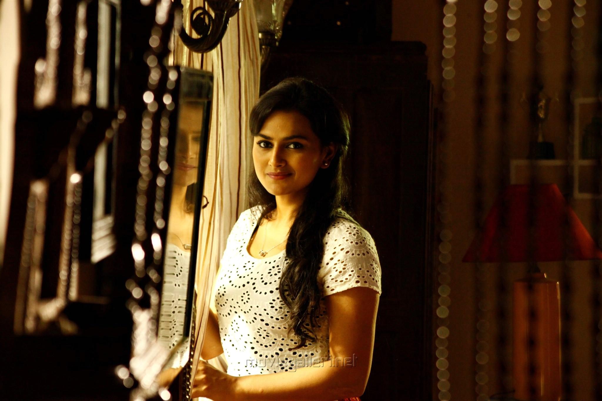 Actress Shraddha Srinath in Ivan Thanthiran Movie Stills