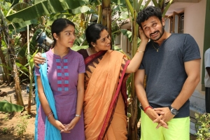 Varsha, Vishnu in Ivan Yaar Endru Therigiratha Movie Stills