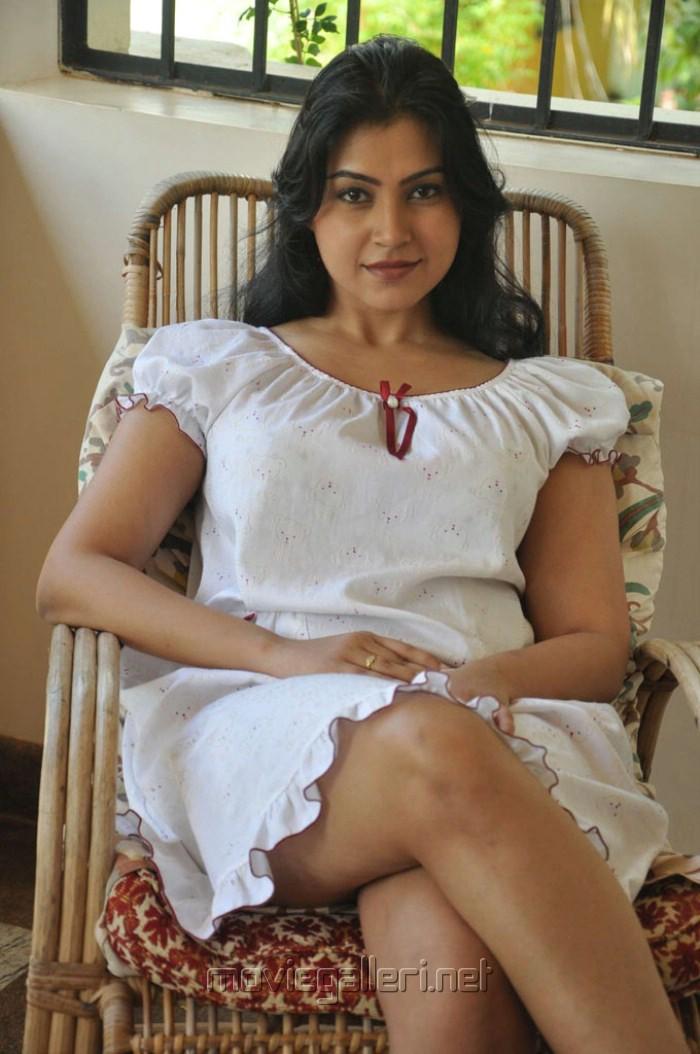 Tamil Movie Hot Stills Gallery
