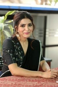 Actress Samantha Akkineni Photos @ Jaanu Movie Interview