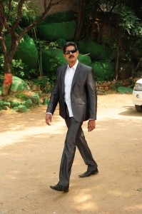 Jagapathi Babu in Nandeeswarudu