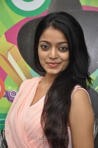 Paagan Actress Janani Iyer New Hot Pics