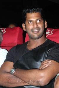 Actor Vishal @ Jannal Oram Audio Release Photos