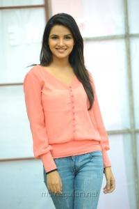 Actress Jasmine Latest Stills at Dillunnodu Press Meet
