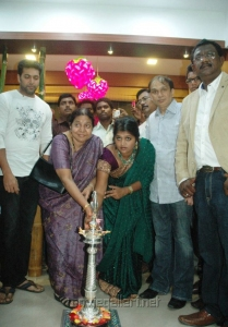 Actor Jayam Ravi Inaugurates Green Trends in Anna Nagar Photos