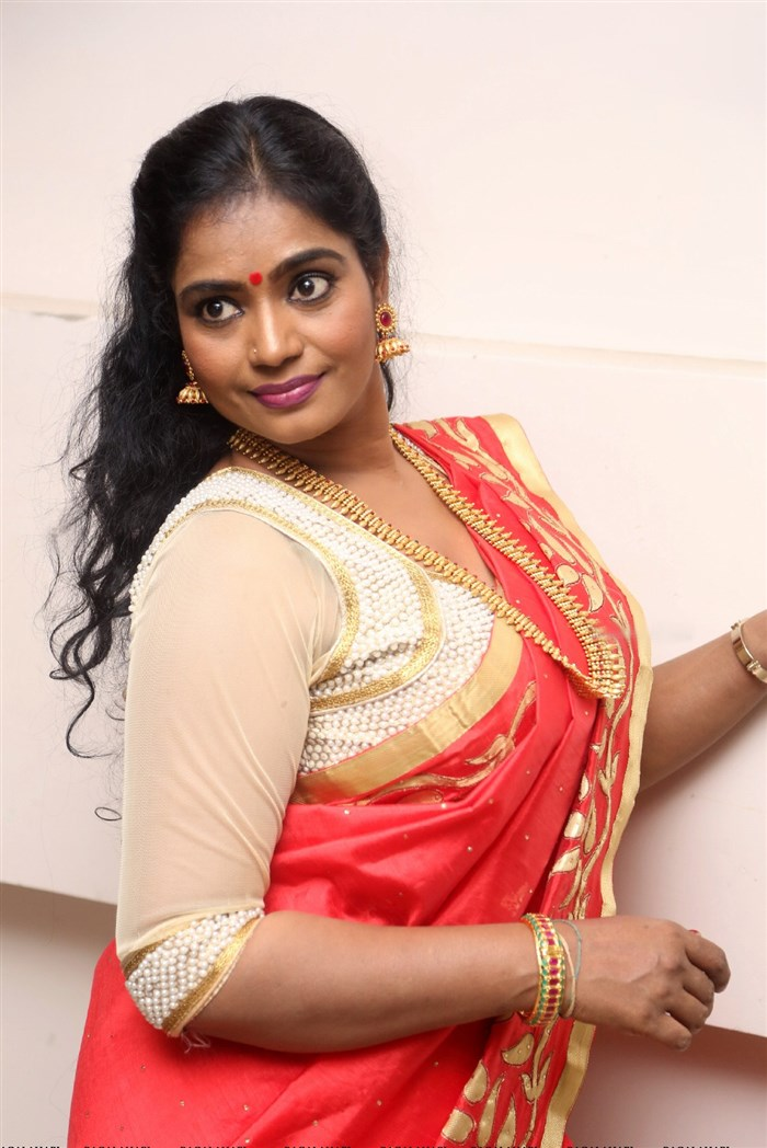 Jayavani Hot Saree Pics @ Intlo Deyyam Naakem Bhayam ...