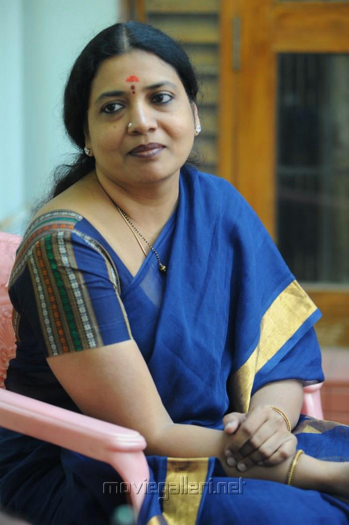 Telugu Actress Jeevitha Rajasekhar Saree Photos