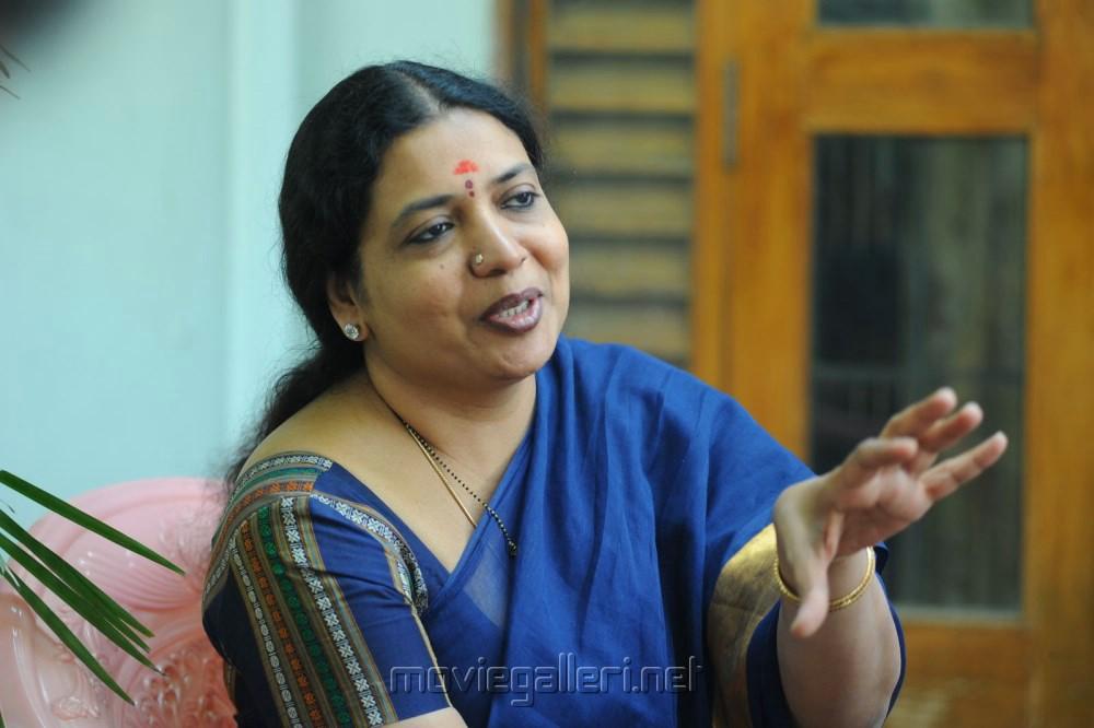 Telugu Actress Jeevitha Rajasekhar Interview Pictures