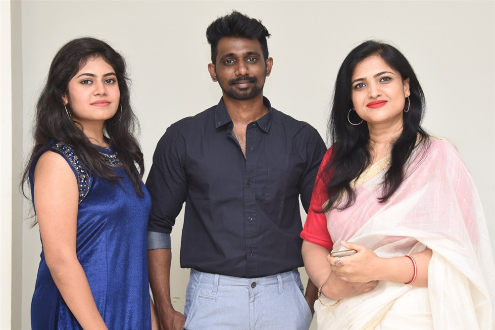 jessie-movie-press-meet-stills-589def6