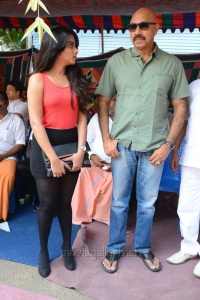 Dimple Chopade, Sathyaraj @ Jeyikkira Kudhira Movie Launch Stills
