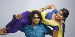 Jeevan, Ambika Soni in Jeyikkira Kudhira Tamil Movie Stills