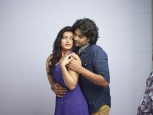 Ambika Soni, Jeevan in Jeyikkira Kudhira Tamil Movie Stills