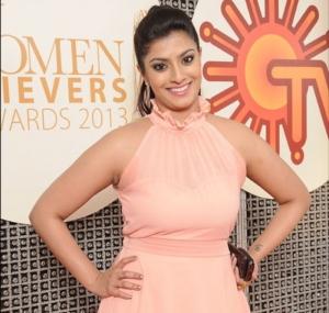 Varalakshmi Sarathkumar at JFW Women Achievers Awards 2013 Function Photos