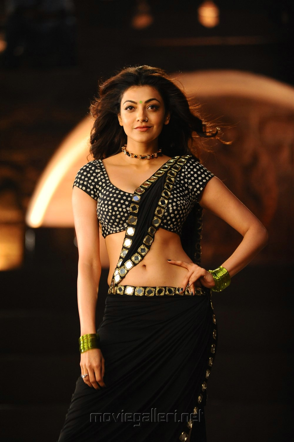Actress Kajal Agarwal Hot Pics in Pakka Local Janatha Garage