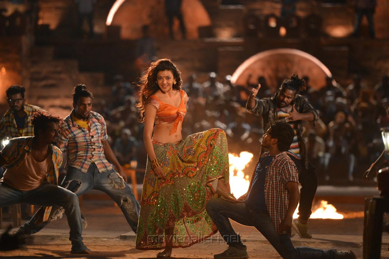 Janatha Garage Actress Kajal Agarwal Hot Pics