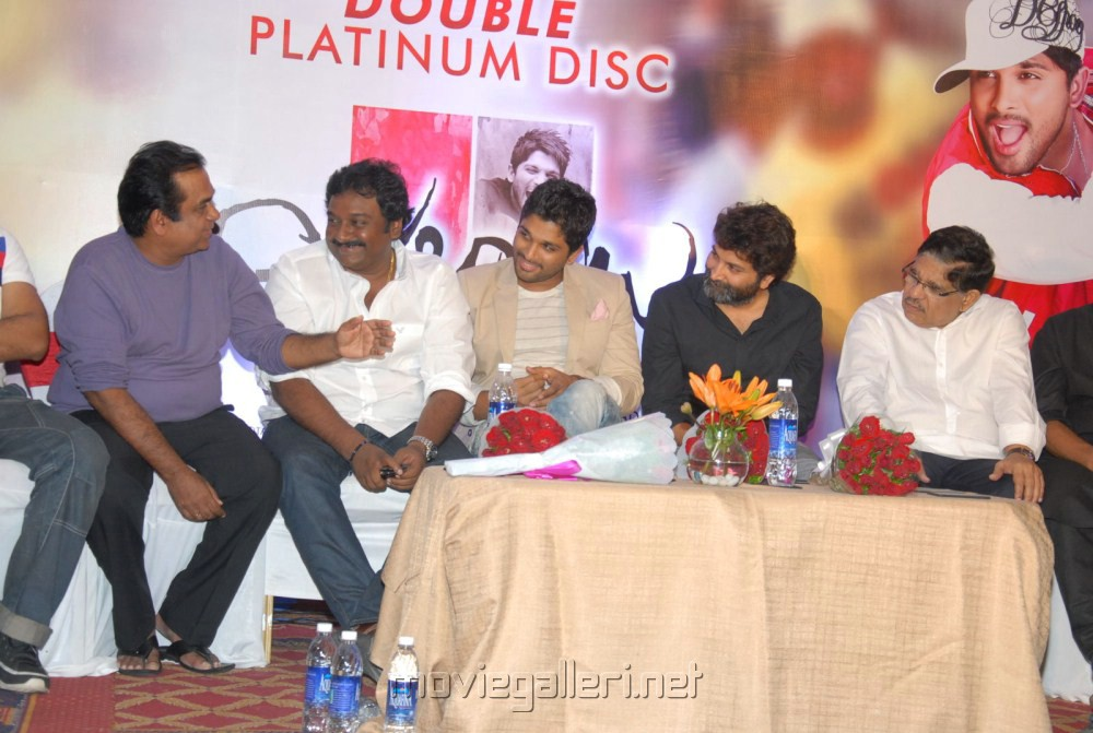 Julayi Platinum Disc Function Stills