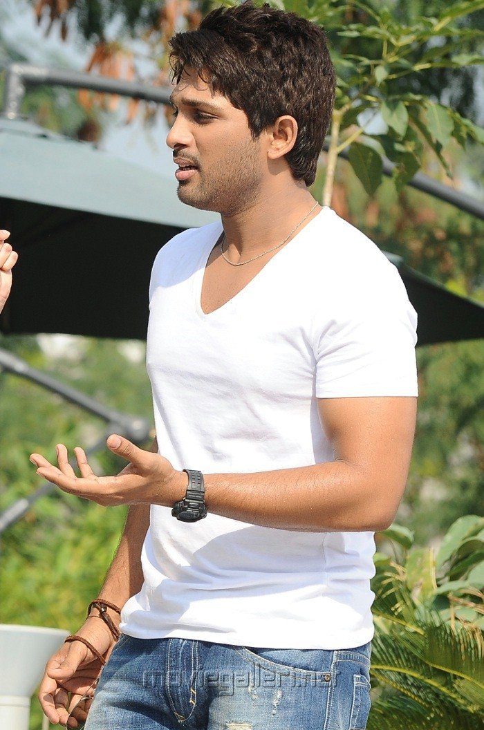 Latest Photoshoot of Allu Arjun Allu Arjun in Julayi Latest