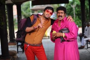 Allari Naresh, Raghu Babu in Jump Jilani Movie Stills