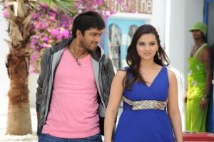 Allari Naresh, Isha Chawla in Jump Jilani Movie Stills
