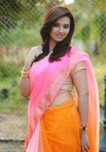 Actress Isha Chawla in Jump Jilani Telugu Movie Photos