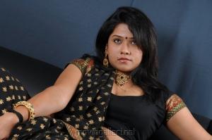 Jyothi in Hot Saree Wallpapers