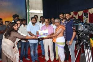 Actress Jyothika Dream Warrior Pictures 21 Movie Pooja Stills