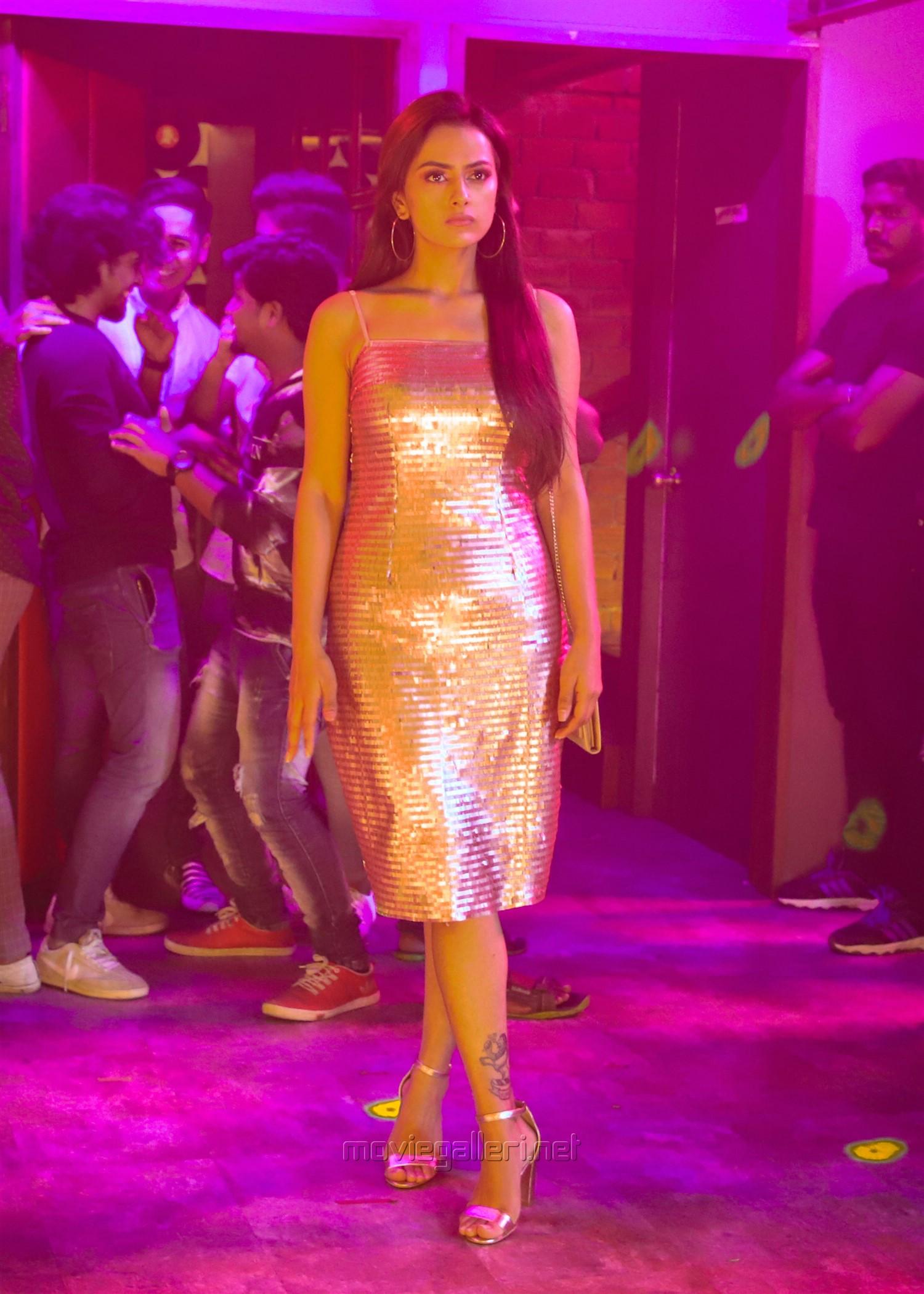 Actress Shraddha Srinath in K13 Movie Images HD
