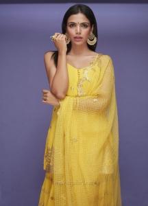 Actress Shriya Pilgaonkar Kaadan Movie Images HD