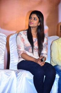 Actress Iyshwarya Rajesh @ Kaaka Muttai Movie Audio Launch Stills