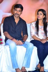 Dhanush, Iyshwarya Rajesh @ Kaaka Muttai Movie Audio Launch Stills