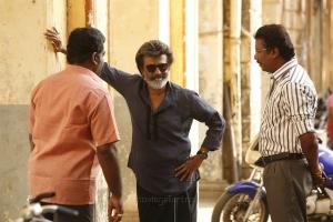 Aruldoss, Rajinikanth, Samuthirakani @ Kaala Movie Working Stills