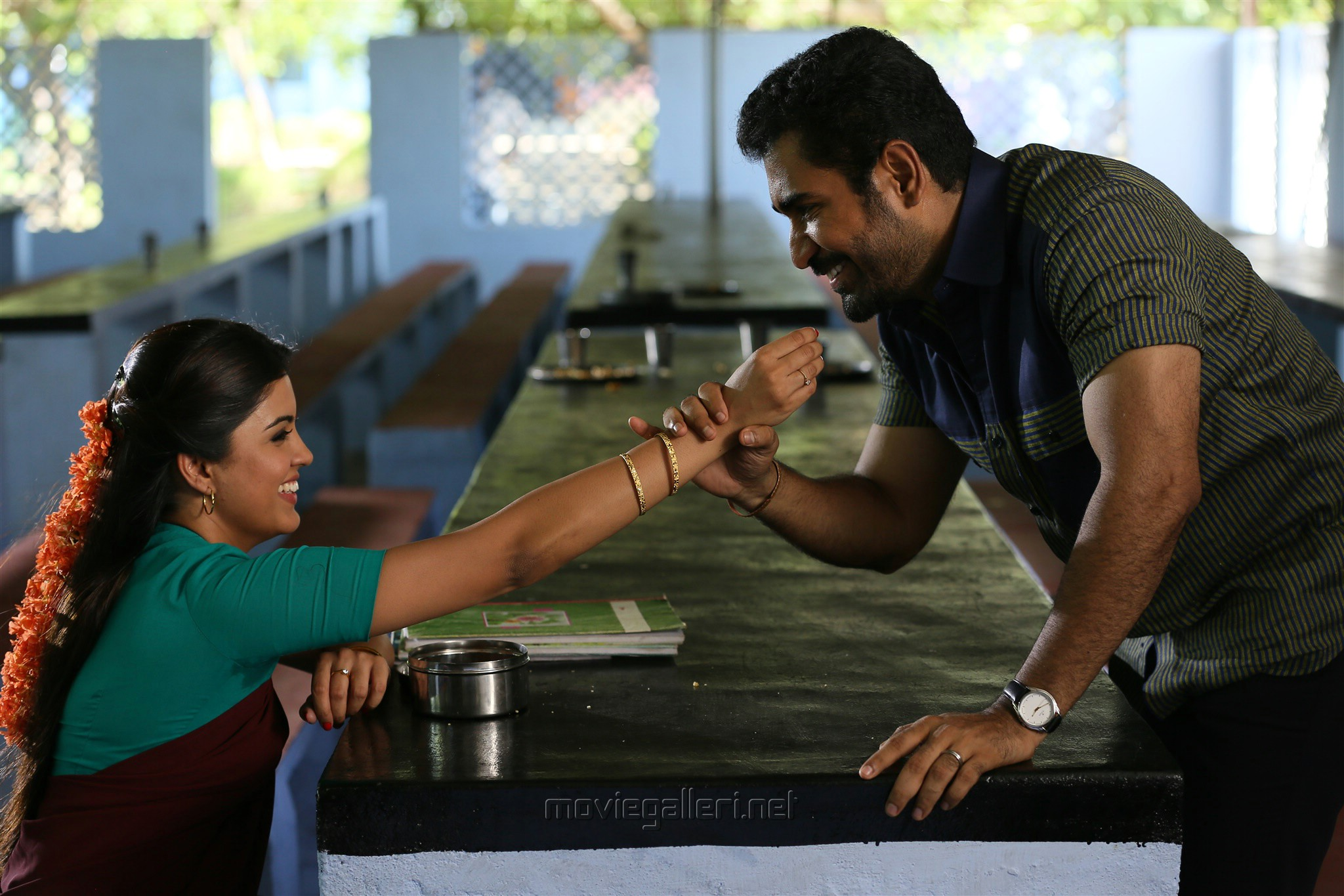 Amritha, Vijay Antony in Kaali Movie Stills HD