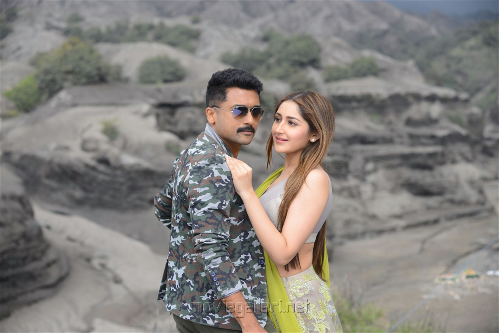 Suriya, Sayesha in Kaappaan Movie HD Photos