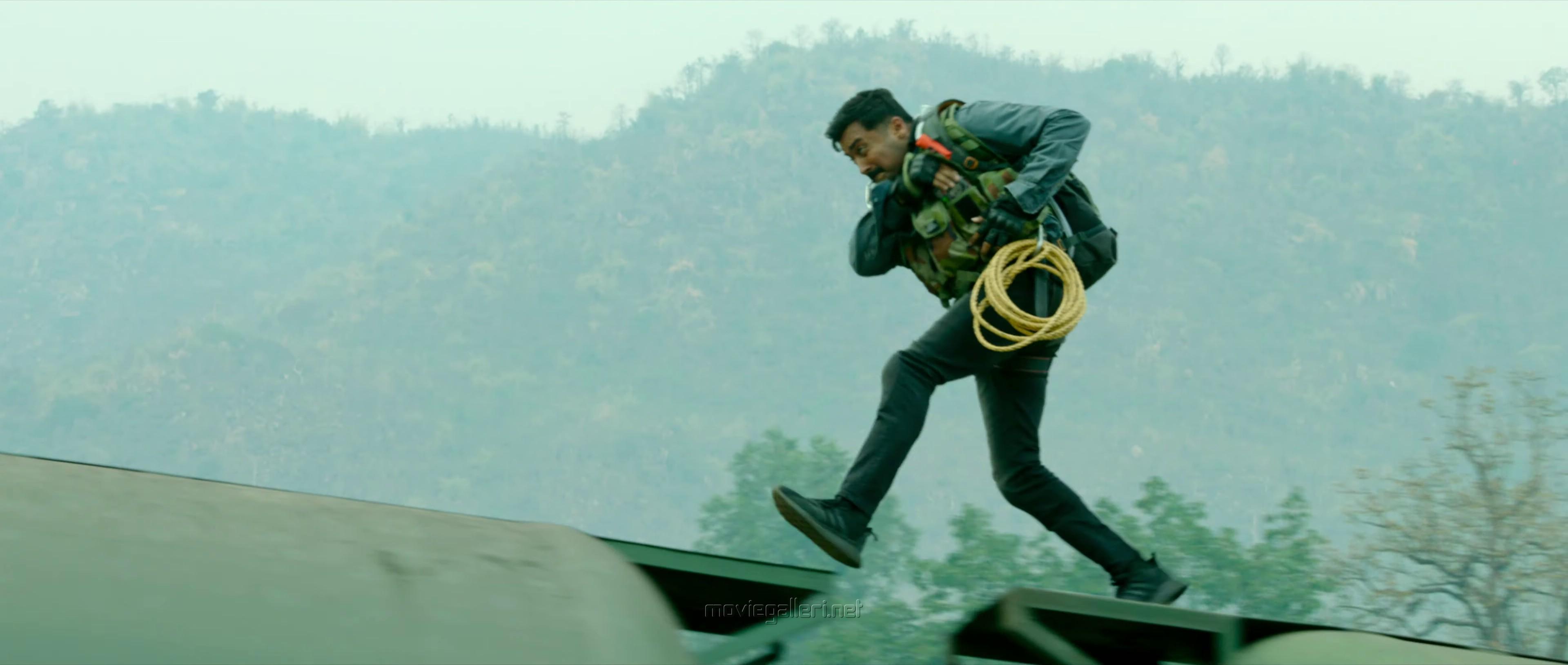 Actor Suriya in Kaappaan Movie Pictures HD