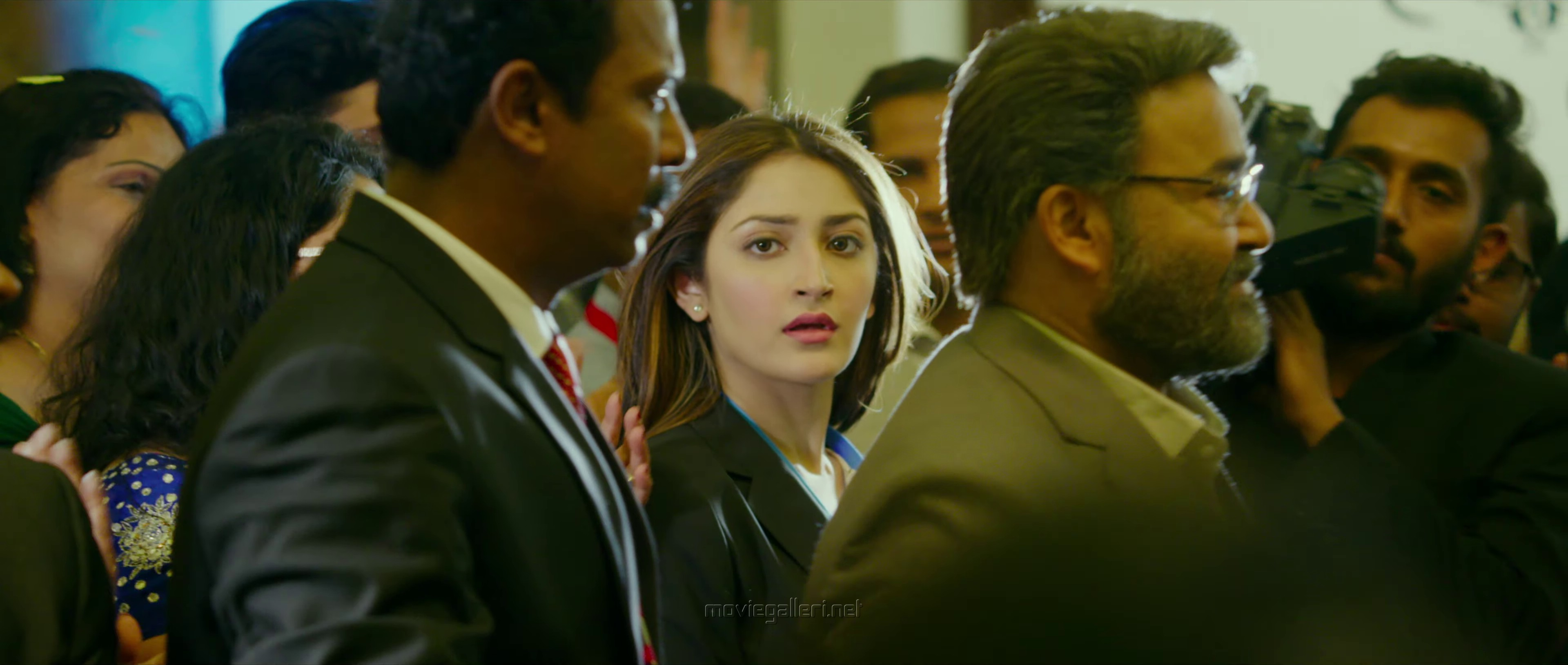 Sayesha in Kaappaan Movie Pictures HD