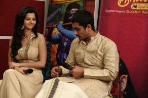 Vedhika, Siddharth @ Kaaviya Thalaivan Audio Launch Stills