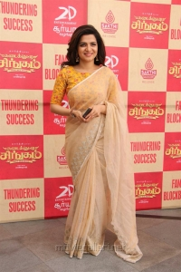 Dhivyadharshini @ Kadai Kutty Singam Success Meet Stills