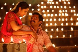 Sayyeshaa, Karthi in Kadaikutty Singam Movie Images HD