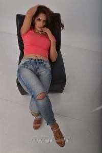 Actress Ruhani Sharma in Kadaisi Bench Karthi Movie Stills