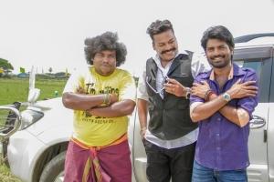 Yogi Babu, John Vijay, Ma Ka Pa Anand in Kadalai Tamil Movie Stills