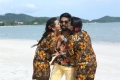 Nikki Garlani, GV Prakash, Hasika in Kadavul Irukan Kumaru Movie Stills