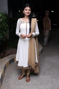 Actress Anandhi @ Kadavul Irukan Kumaru Teaser Launch Stills