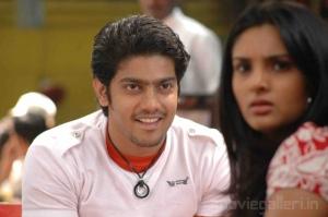Sathya Divya Spandana Kadhal 2 Kalyanam Movie Stills Photo Gallery
