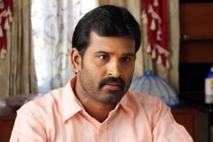 Actor Sutharsan Raj in Kadhal Agathi Movie Photos