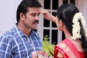 Sutharsan Raj, Aisha in Kathal Agathi Movie Photos