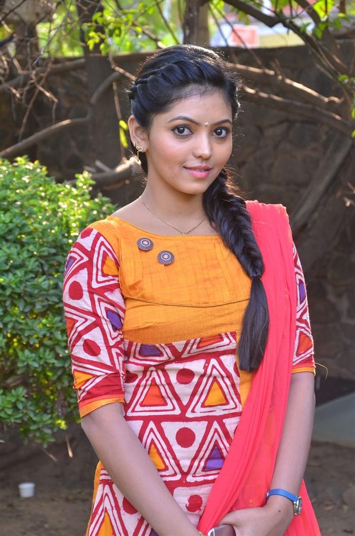 Actress Athulya @ Kadhal Kan Kattudhe Movie Press Meet Stills