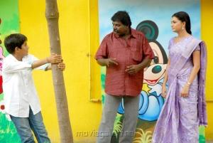 Imman Annachi, Saranya Mohan in Kadhalai Thavira Veru Ondrum Illai Movie Photos