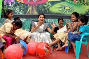 Saranya Mohan at Kadhalai Thavira Veru Ondrum Illai Movie Photos